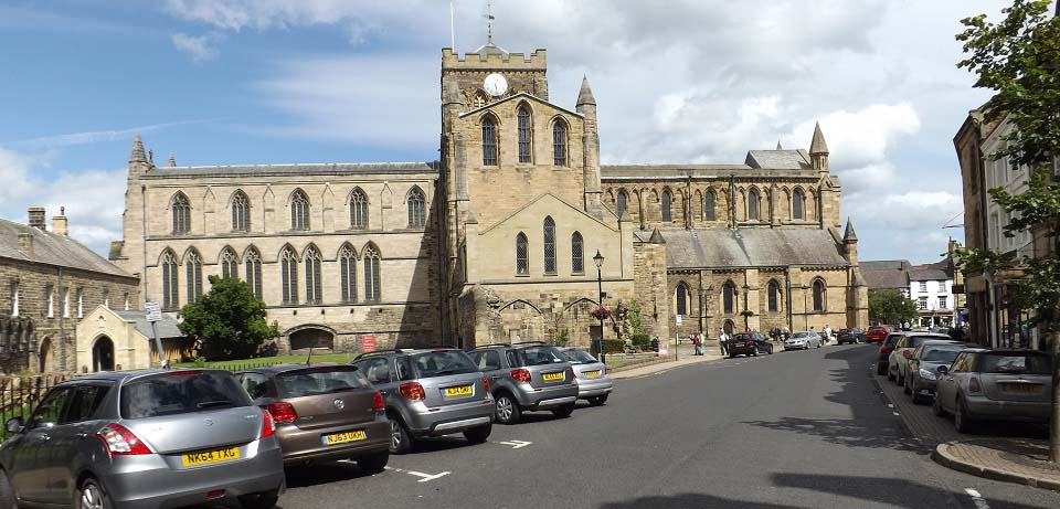 Hexham Abbey side view image