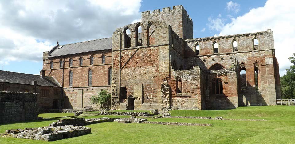 Lanercost Priory side image