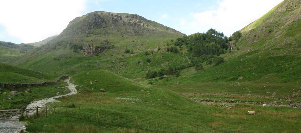 Scafell Pike trail waterfalls image