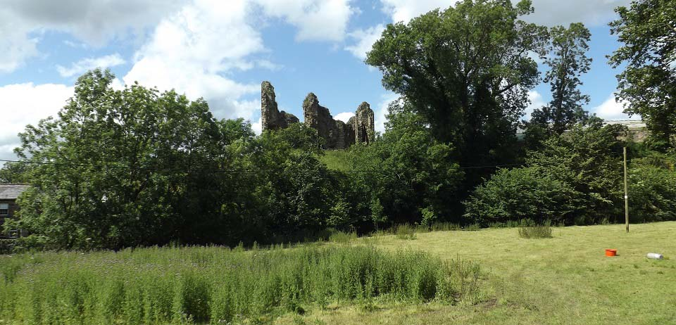 Thirwall Castle from the path